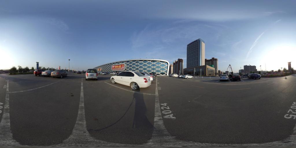 辛集国际皮革城