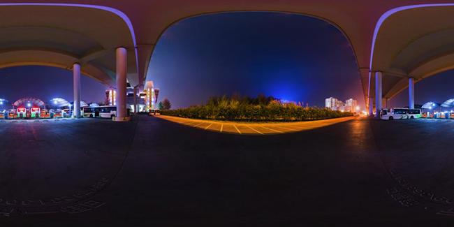 国际旅游岛 海口市世纪大桥桥下停车场夜景