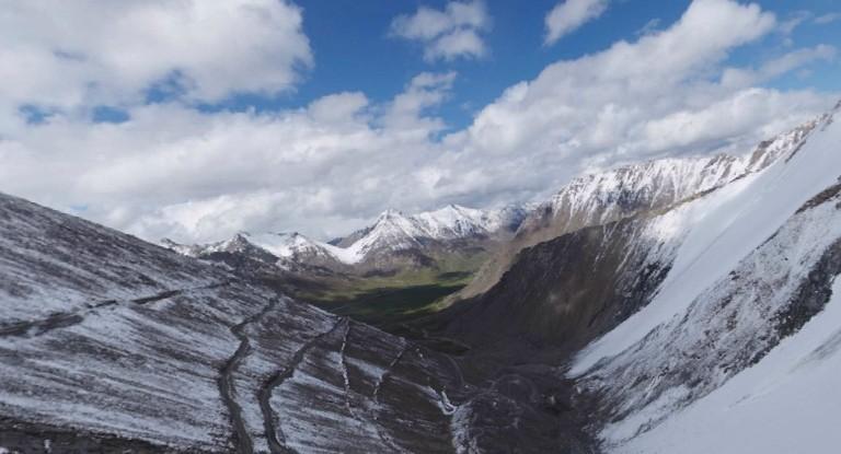 新疆一号冰川 216国道